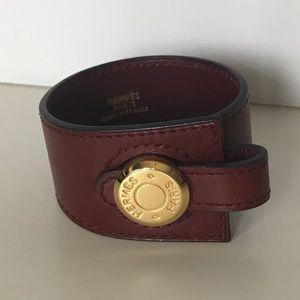 Burgundy leather bracelet